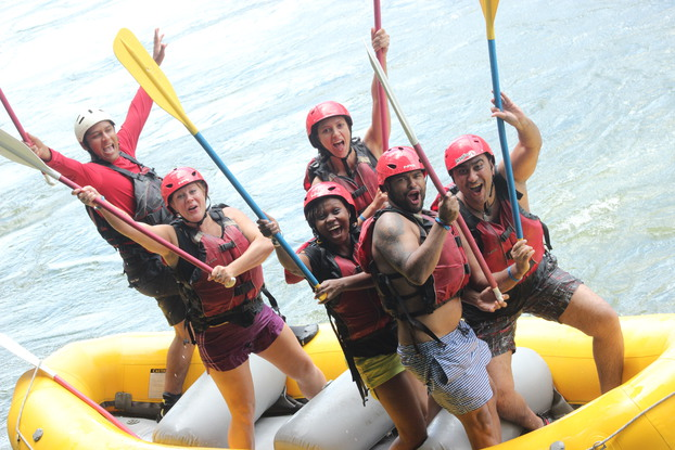 The best Sarapiqui Rafting from La Fortuna on the Class 2 and 3 Sarapiqui River with Desafio Adventure Company.
