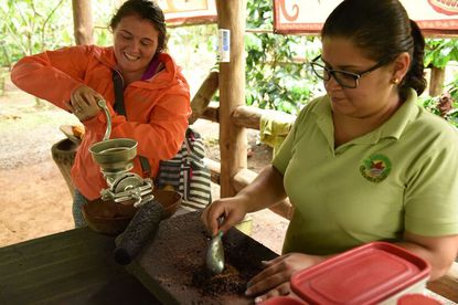 Delicious chocolate tour in Arenal.