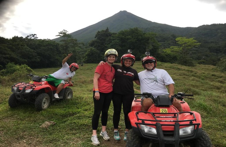 ATV Arenal tour with great views of the Arenal Volcano with Desafio.