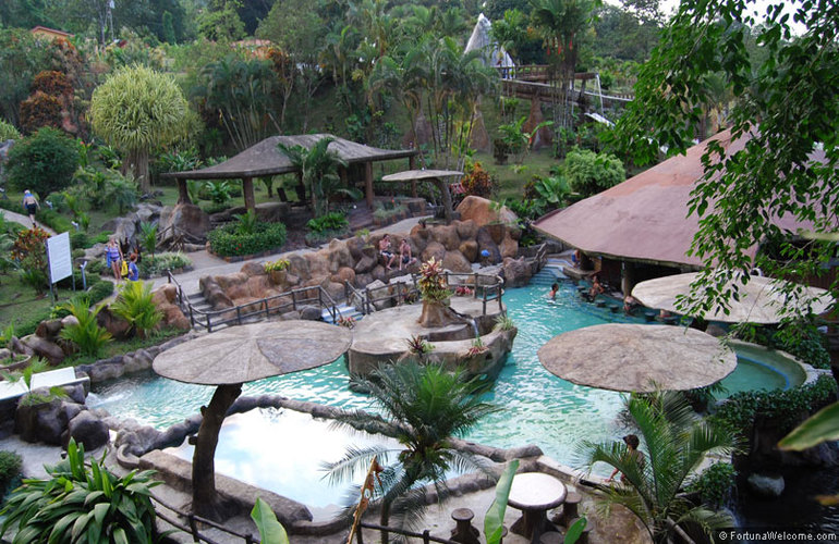 The Los Lagos Resort is a family-friendly hot springs.