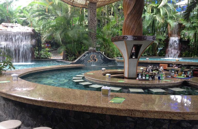 Great swim up bars at Baldi Hot Springs Arenal Volcano.