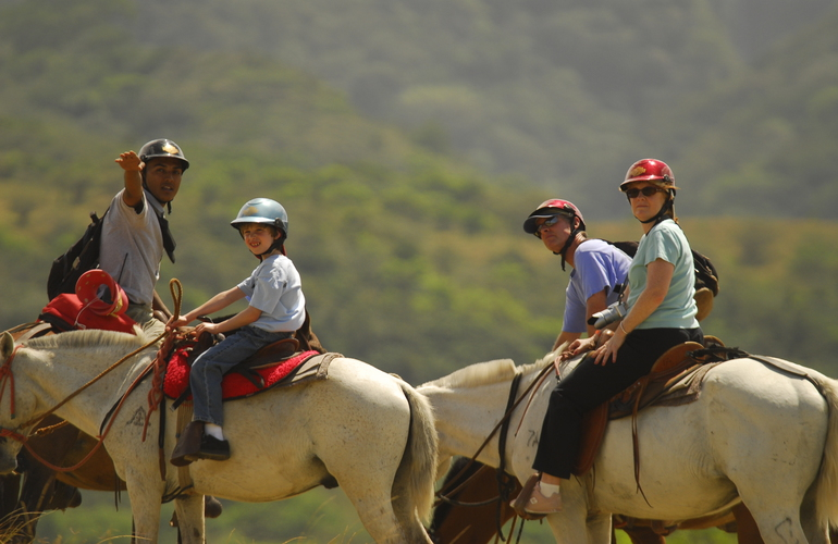 Borinquen Guanacaste Combo Costa Rica trail ride to waterfall
