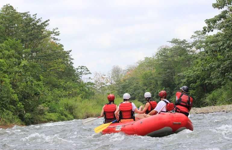 Gorgeous scenery rafting Costa Rica Sarapiqui River with Desafio.
