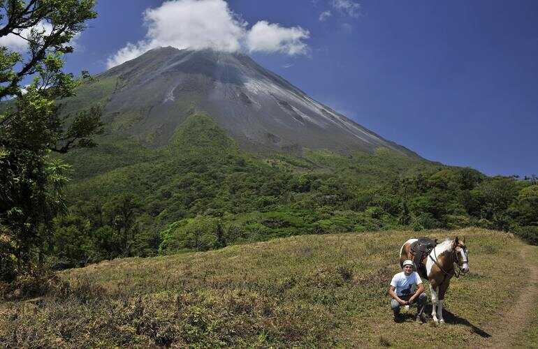Costa Rica the best private horseback ride