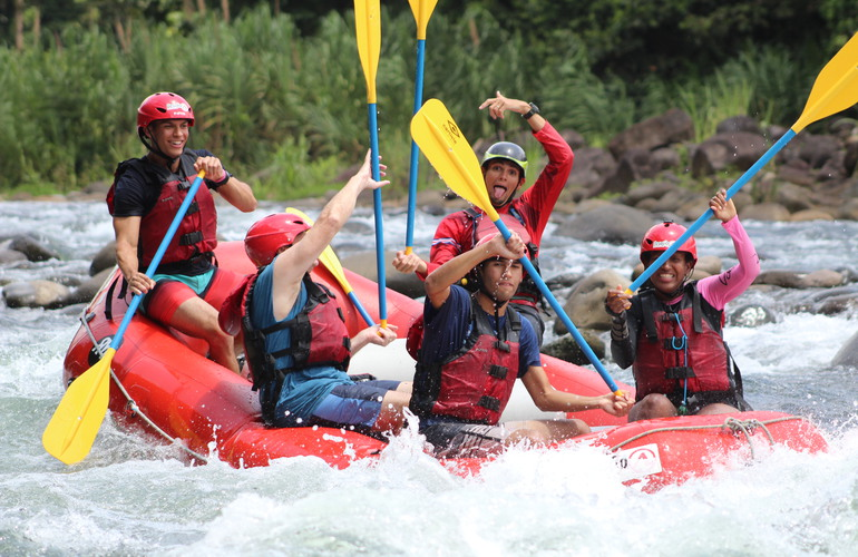 Challenge yourself as you paddle down 10 kilometers of exciting rapids!