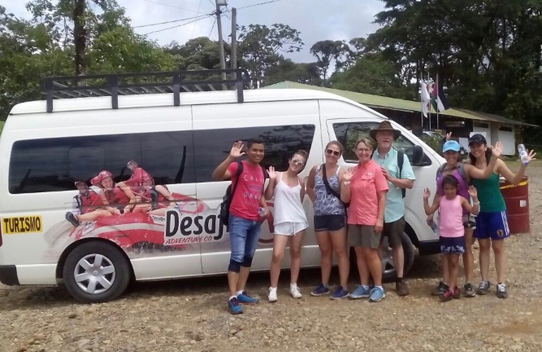 Friendly transfers in Costa Rica with Desafio San Ramon to Manuel Antonio.
