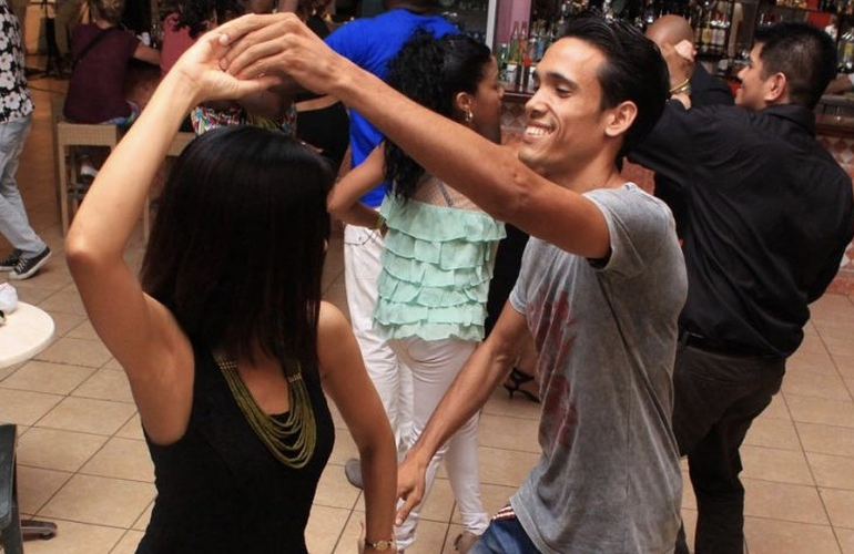 Salsa Dance Lessons in Costa Rica with Desafio Adventure Company.