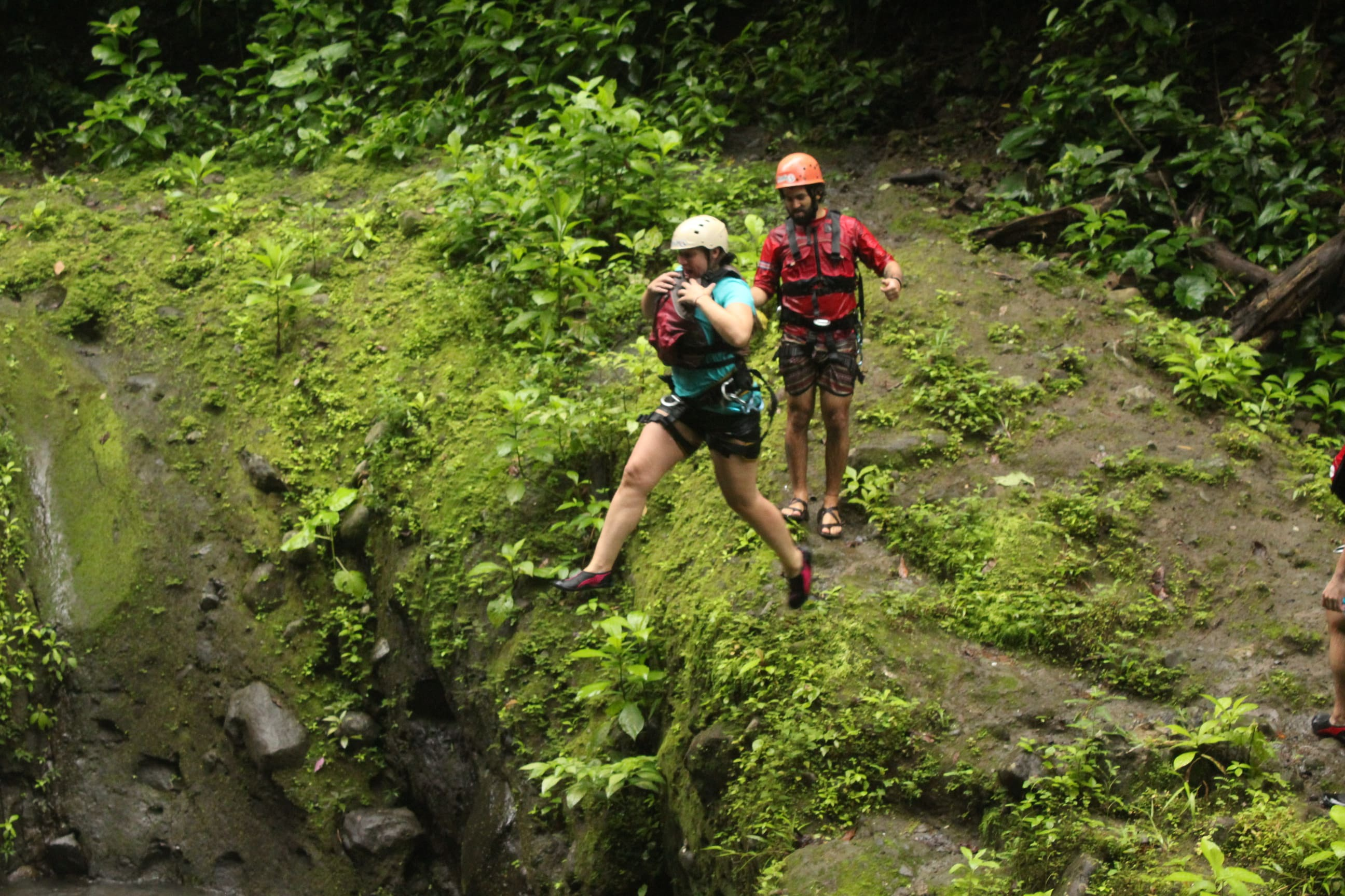 Extreme Tours in Costa Rica! Waterfall Jumping