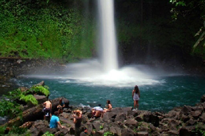 The breathtaking La Fortuna Waterfall!