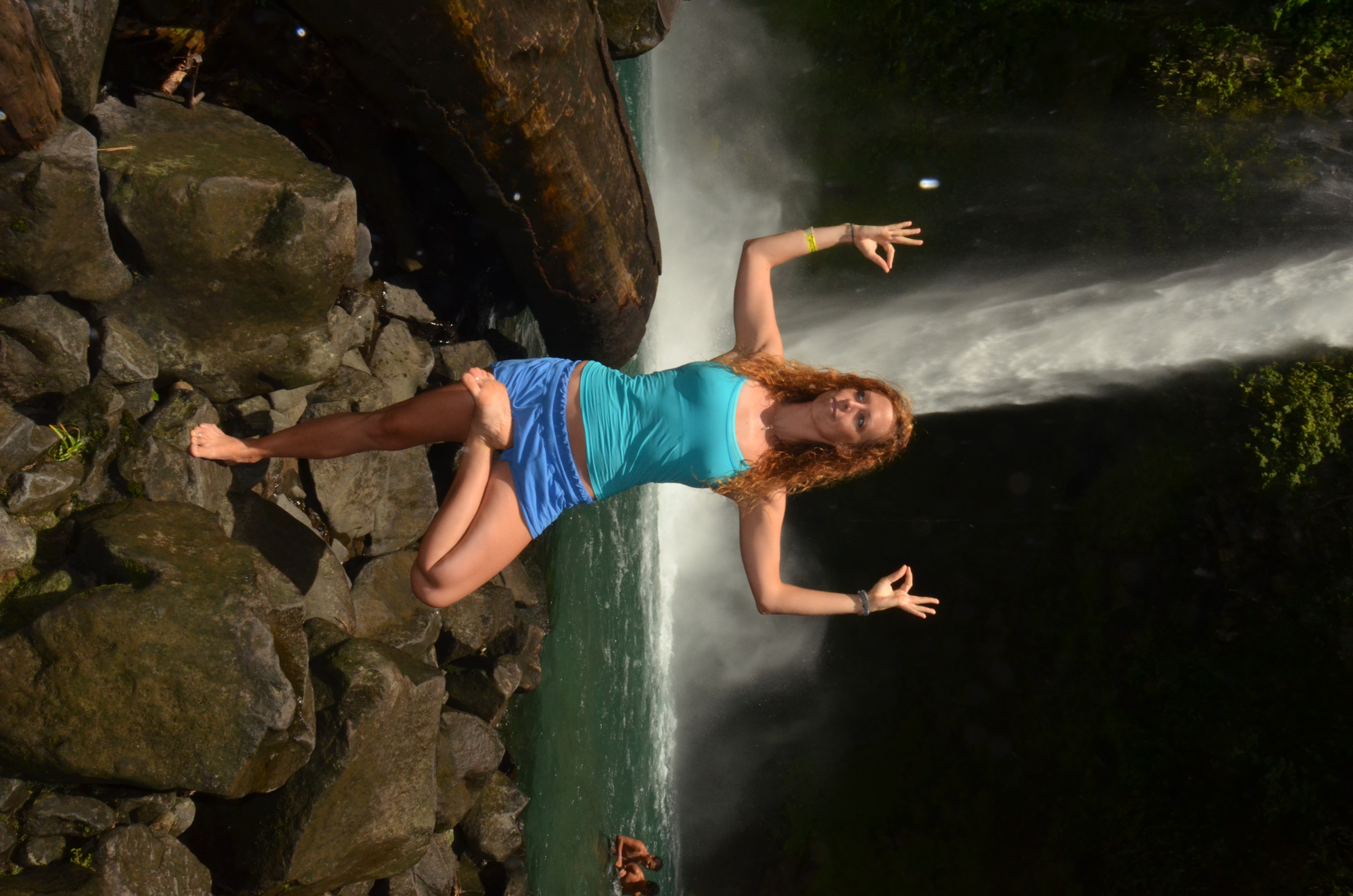 La Fortuna waterfall is one of the most popular waterfalls in Costa Rica! Things to do in Costa Rica! Nature!