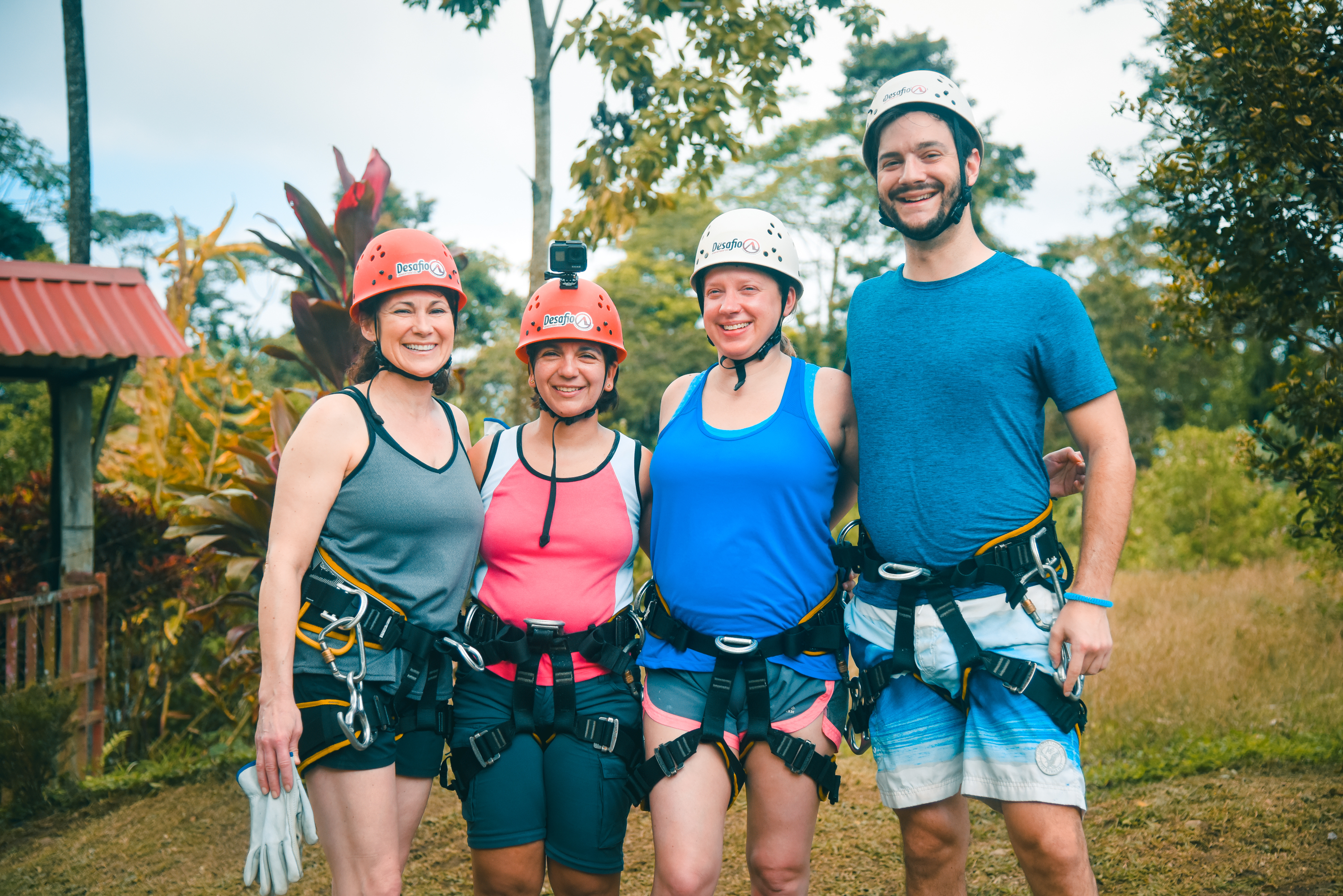 Perfect rappelling  activity for family and friends in la Fortuna, Costa Rica!