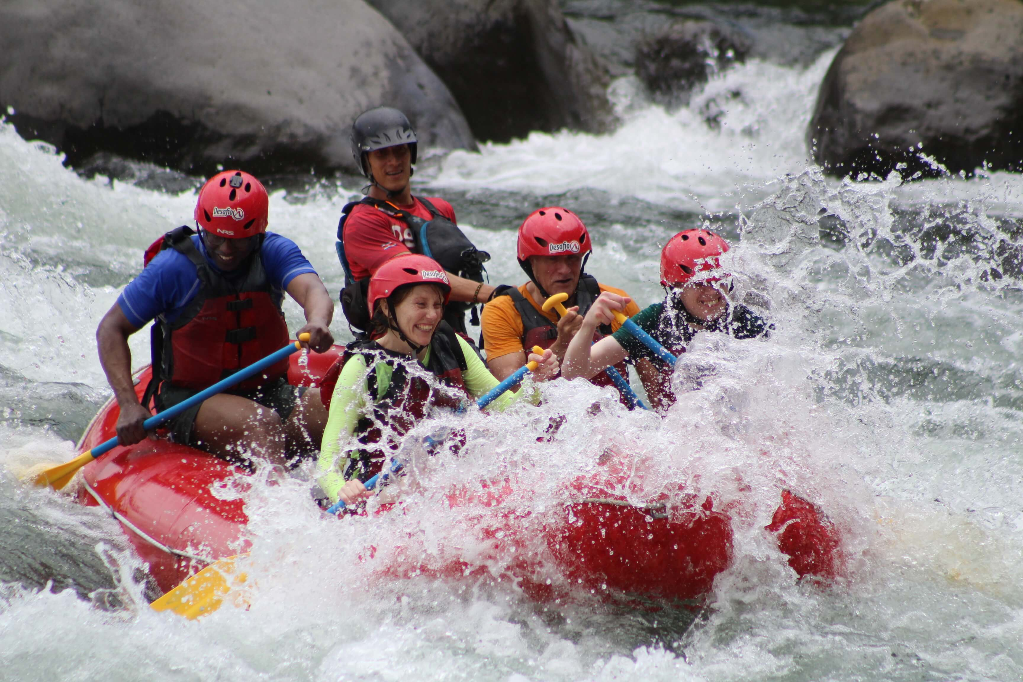 Do the best white water rafting with a private tour in Costa Rica with Desafio Adventure Company.