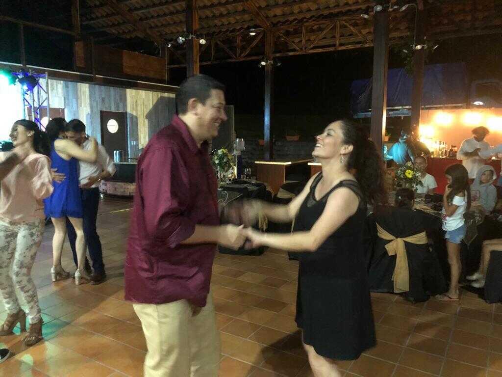 Salsa Dance Lessons in Costa Rica with Desafio Adventure Company