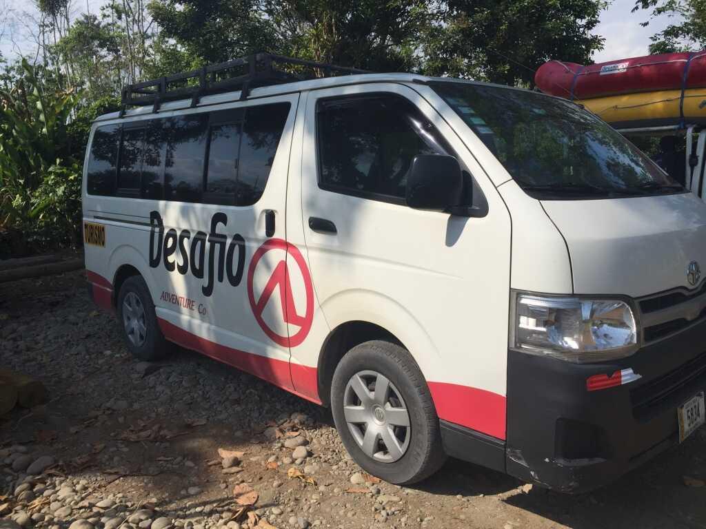 Shuttle La Fortuna to Tamarindo