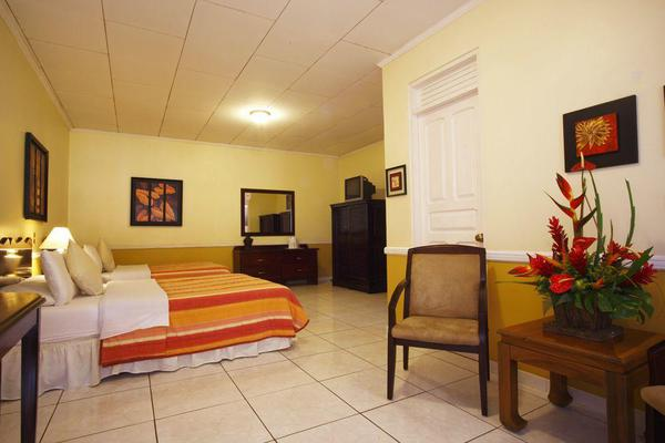 Adventure Inn Hotel in Costa Rica is a spacious, comfortable and affordable airport hotel option in San Jose. Desafio Adventure Company can help you find the best deals in Costa Rica!