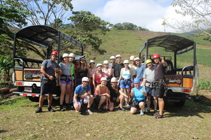 Make new friends in Costa Rica on the Desafio MAMBO COMBO.
