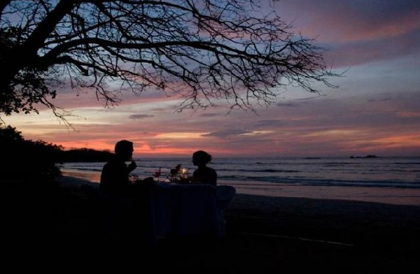 Romantic sunsets at Capitan Suizo in Tamarindo.