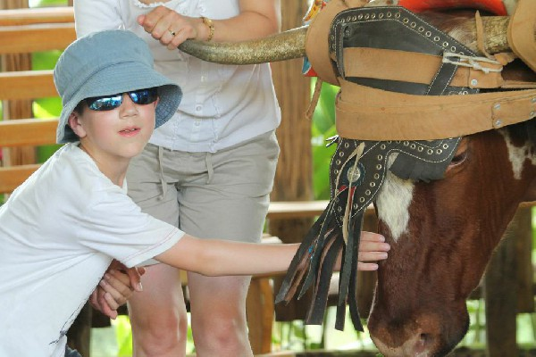 Kids love the Community Culture and Conservation tour with Desafio.