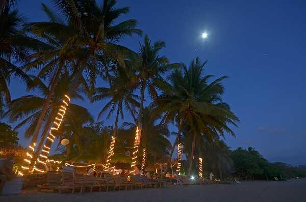Unforgettable night time in Samara beach