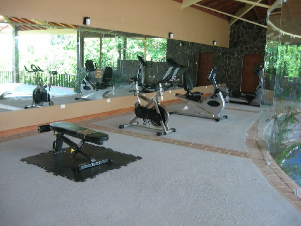 The fitness room/gym at El Establo hotel in Monteverde.