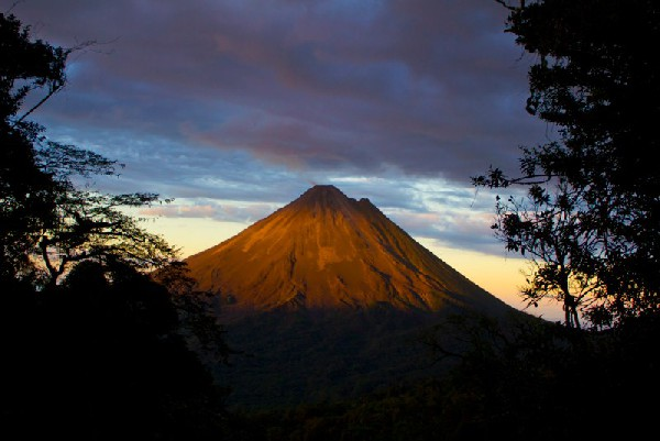 Get the best views of the Arenal Volcano from Sky Adventures zip lining.