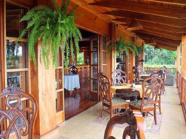 The rustic- elegant dining area.