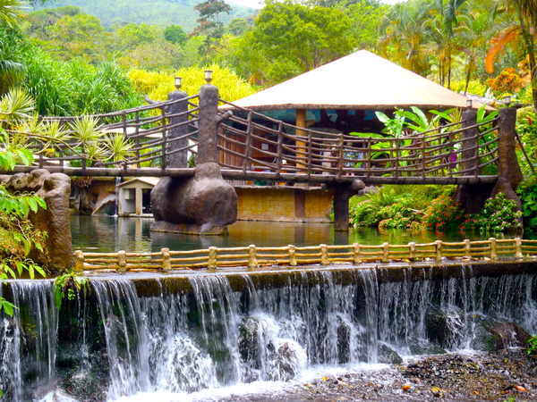 Los Lagos is one of the largest hot springs resort in the Arenal area