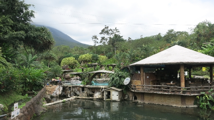 Hotel Los Lagos offers thermal hot springs at the base of the Arenal Volcano is an affordable option in Costa Rica. Desafio can help you plan your perfect Costa Rica vacation full of lots of adventure and relaxation.
