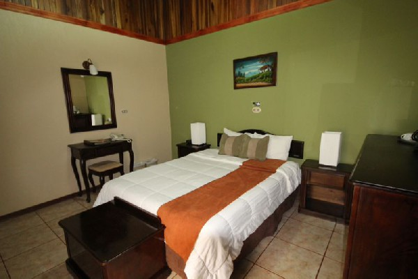 Poco a Poco offers a wide range of guest rooms and bed configurations for any size group!