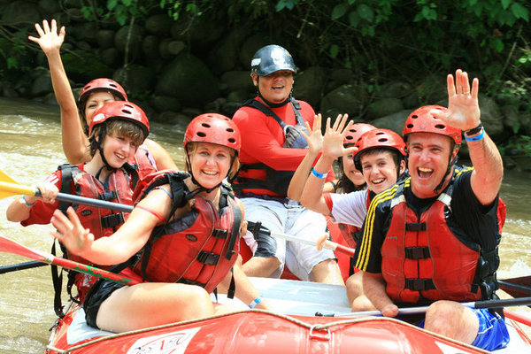 Class 2 and 3 white water rafting in Costa Rica, on the way to San Jose.