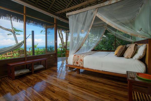Rooms with a view at Lapa Rios in the Osa Peninsula Costa Rica. Desafio can help you n your vacation to Costa Rica.