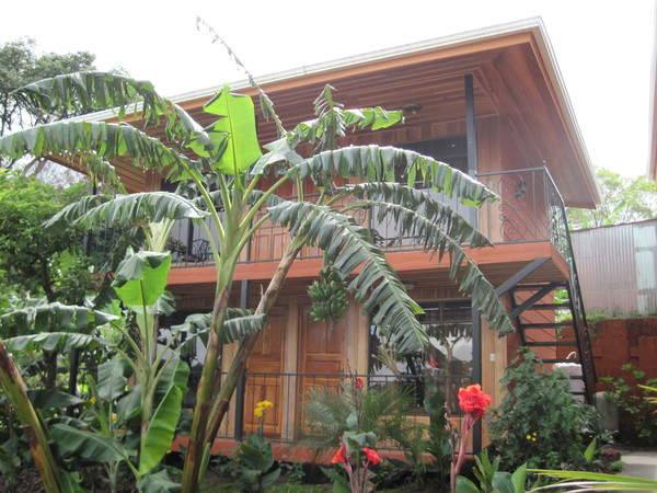 One of the buildings at Hotel Los Cipreses in Monteverde that offers affordable and comfortable accommodations.