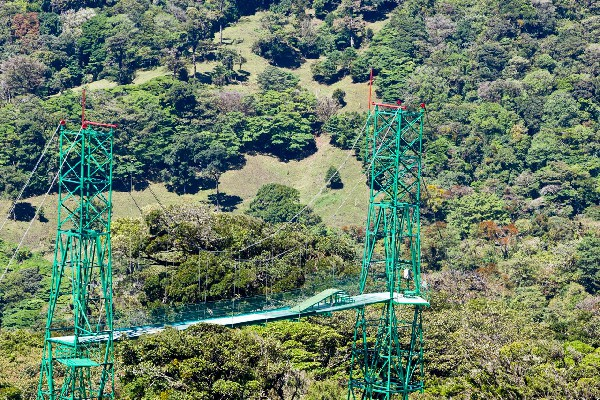 Monteverde, an amazing place for the zipline adventure!