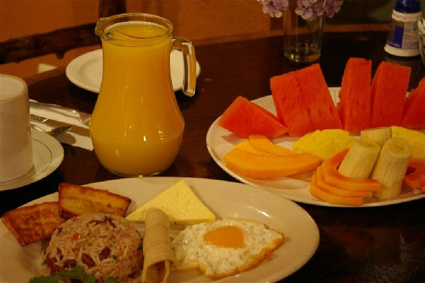 Hearty typical style breakfasts are included in the rates at Monteverde Villa Lodge.
