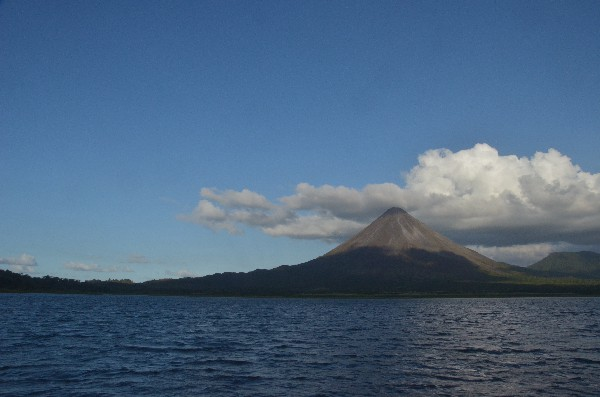 Visit Costa Rica Moonshine cruise on lake arenal!