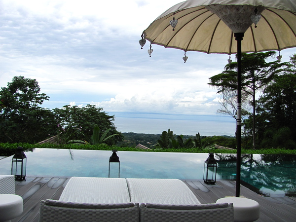 The Ozygen Jungle Villas offer the best views of the Pacific Ocean in Costa Rica.