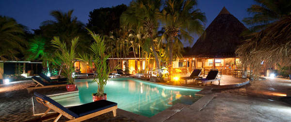Pasatiempo offers an awesome pool, restaurant and bar in Tamarindo, Costa Rica. Desafio can help you get the best prices on Costa Rica hotels, tours and transportation!