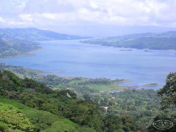 Amazing lake and Arenal Volcano views