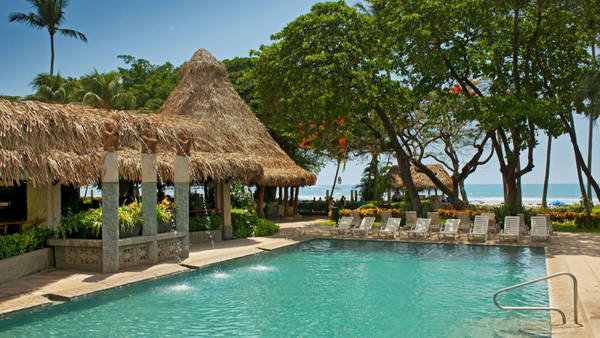 With four different pools and beach front at the Tamarindo Diria Resort offers lots of family fun. Desafio can help you plan the perfect family Costa Rica vacation!