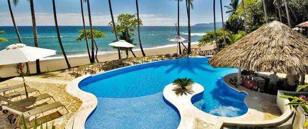 Beautiful pool at Tango Mar in Playa Tambor.