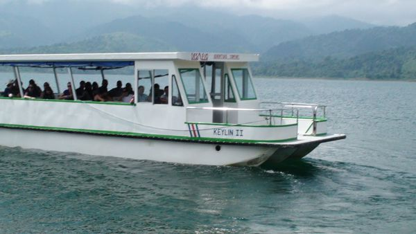 The best boat transfer from Monteverde to Arenal La Fortuna with Desafio Adventure Company .