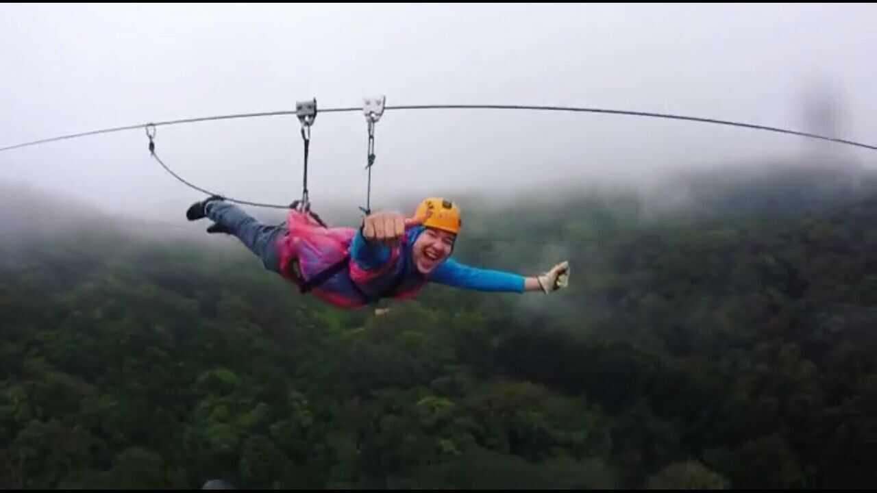 100% Aventura Superman Zipline tour in Monteverde, Costa Rica