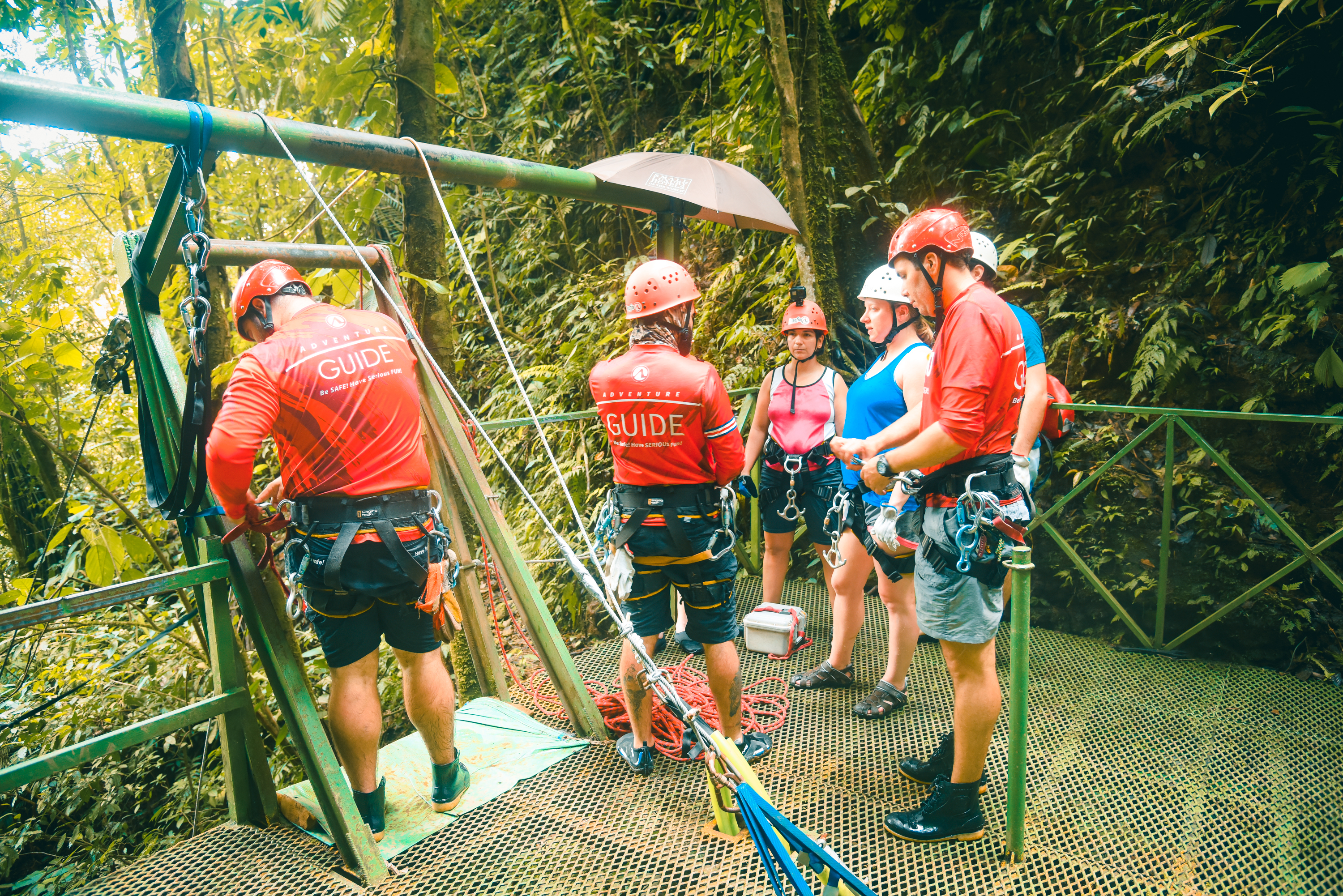 Let the adventure in Desafio canyoning begin!