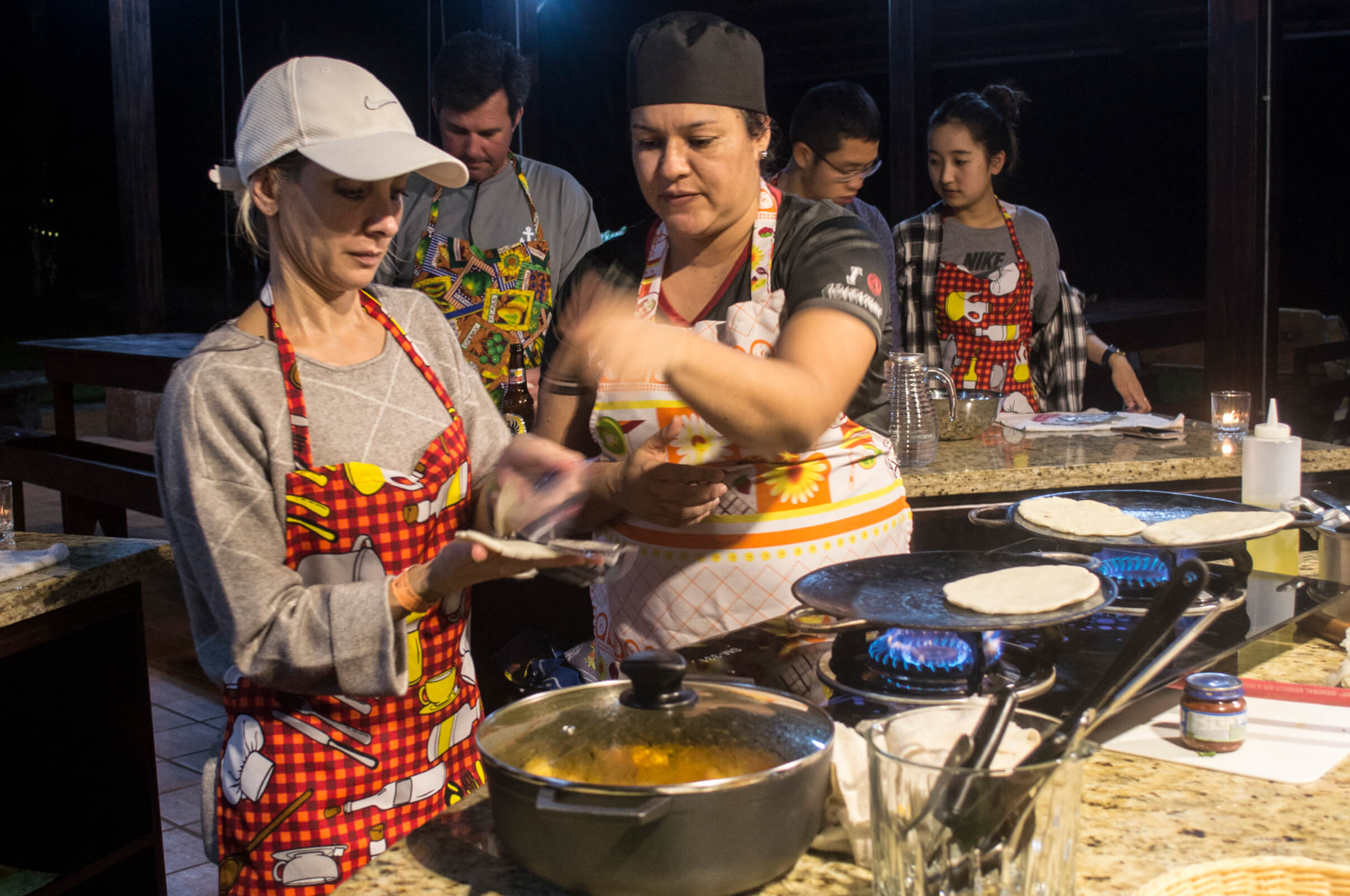 You will love this cooking class and eat like a local with Desafio