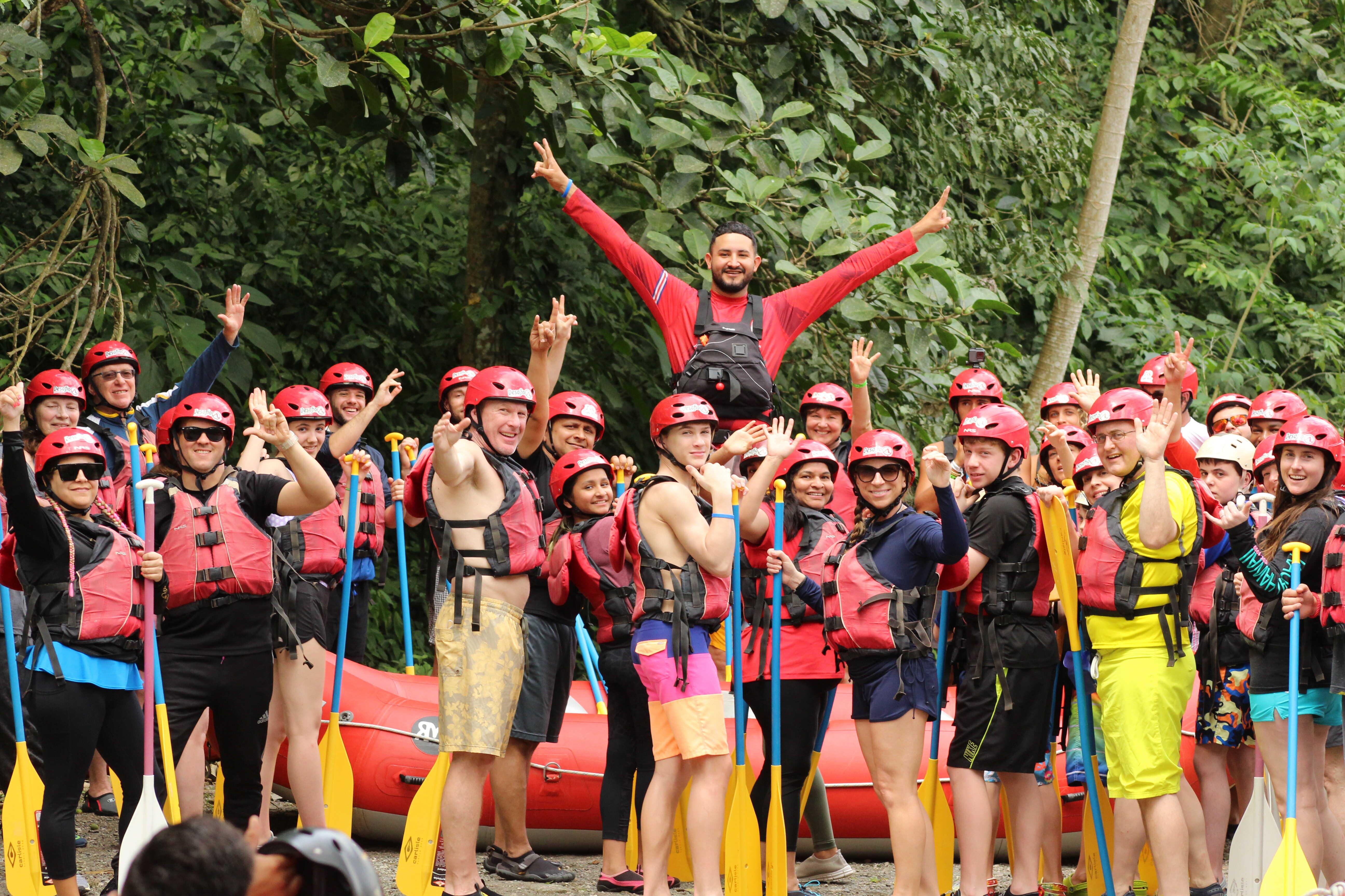 sarapiqui river rafting, class 4 rapids costa rica