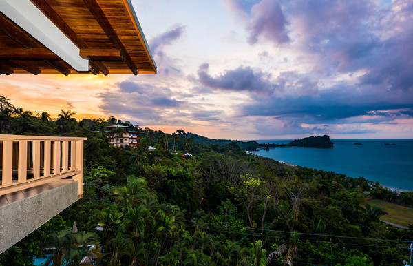 Epic ocean views from Costa Verde in Manuel Antonio. Desafio can help you plan an affordable Costa Rica vacation.