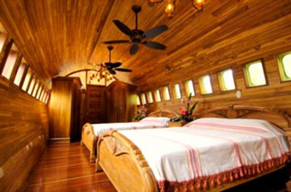 Inside of the 727 Fuselodge room at Costa Verde Hotel in Manuel Antonio. Desafio can help you plan an unforgettable trip to Costa Rica!
