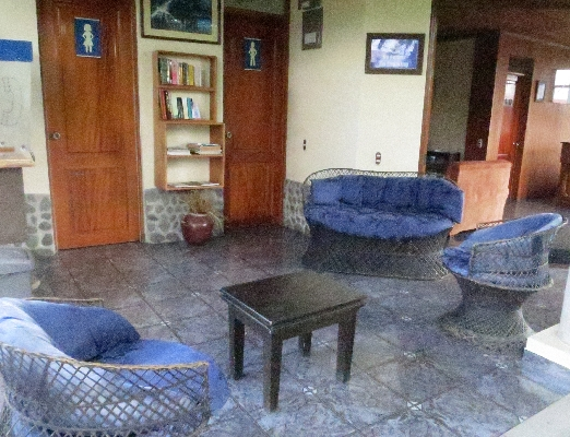 Community area at Hotel San Bosco, the perfect place for a budget friendly vacation in La Fortuna. Arenal!