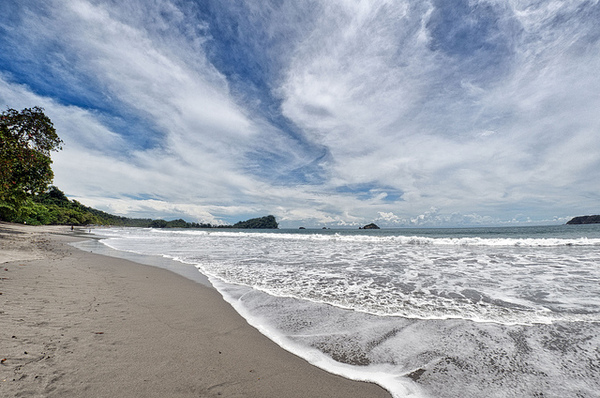 The beautiful beach in Manuel Antonio National Park