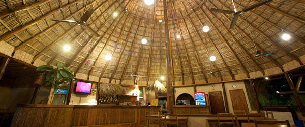 Hotel Pasatiempo hosts live-music and open mic nights at the ope air, palapa style bar-restaurant. Desafio can help you plan your vacation to Tamarindo and Costa Rica!